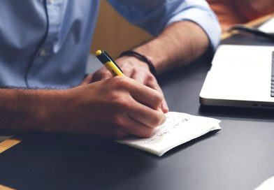 How to Write an Evaluation Essay in 10 Steps